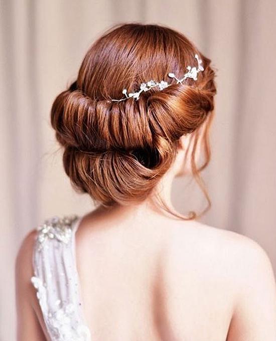 头顶开出爱之花 浪漫新娘发型图片