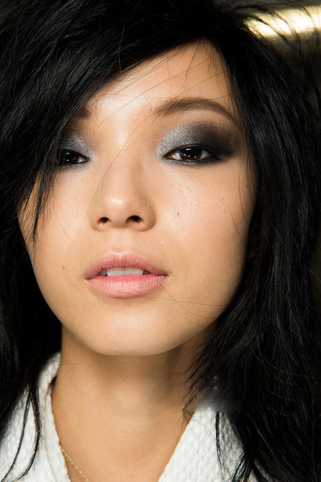 亚洲孕妇性狂15p_亚洲人,欧洲人,为什么会有蓝眼睛,黑眼睛之分,看