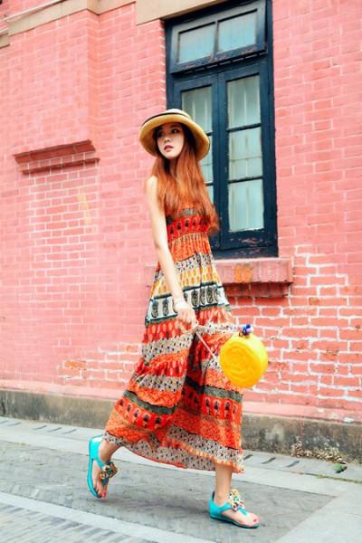 彩色复古长裙