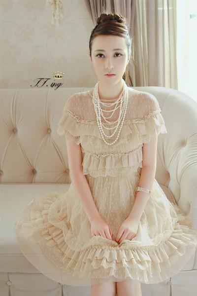 公主风连衣裙