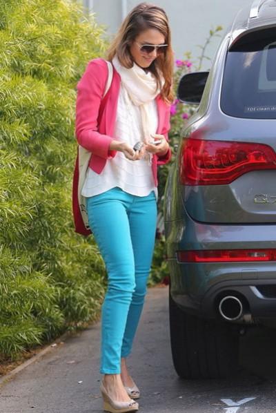 蓝色铅笔裤