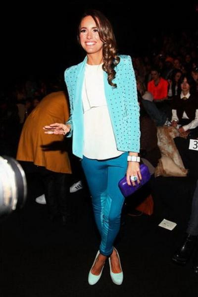 蓝色瘦腿裤