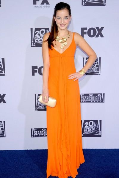 时尚大气橘色长裙