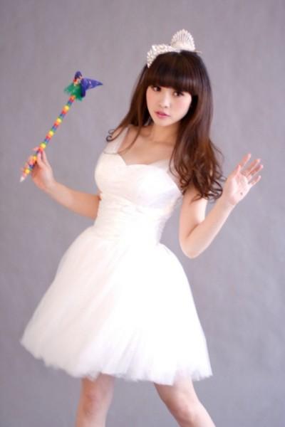 柳岩雪纺公主裙