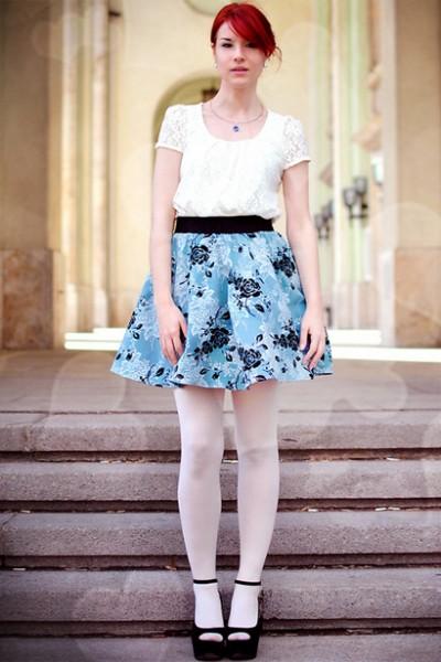 蓝色印花蓬蓬裙
