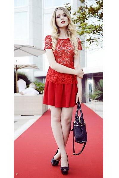 红毯诱惑蕾丝装