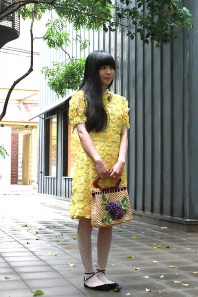 东京黄色花朵裙装